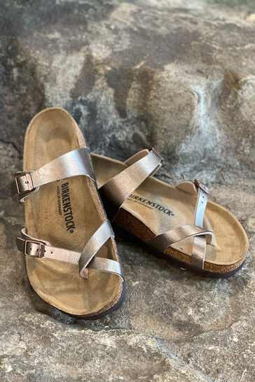 Sandalen & Slides