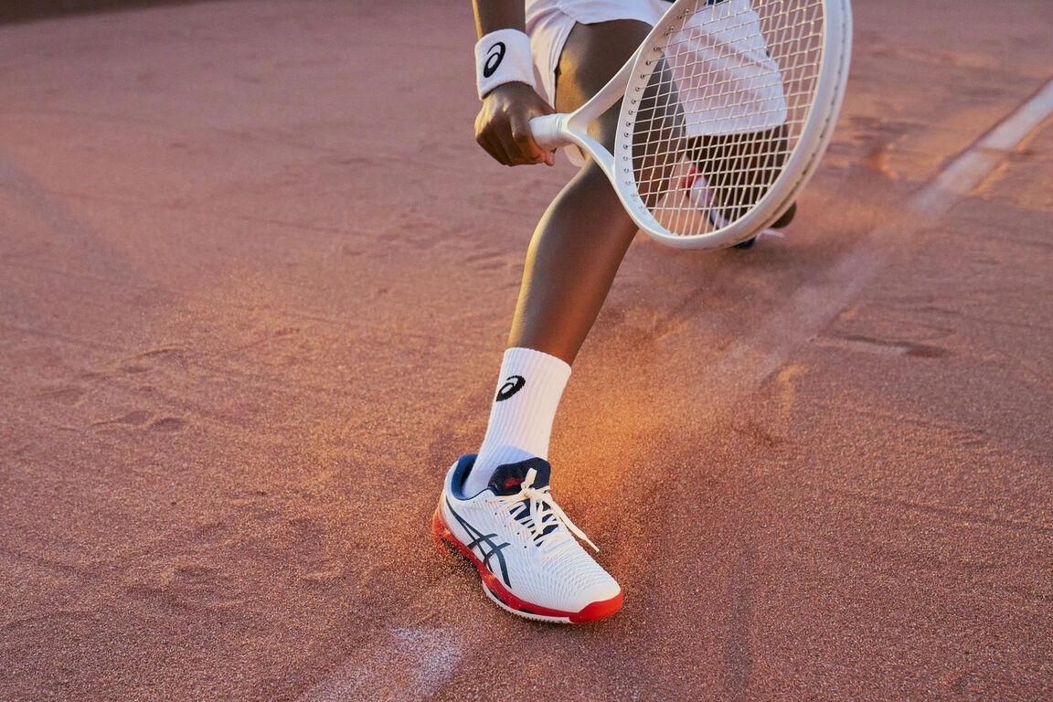 Tennisbekleidung von Asics