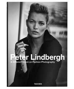 """Buch """"Peter Lindbergh - A Different Vision on Fashion Photography"""""""