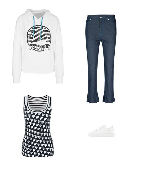 Outfit - Promenade Walk