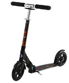 Roller/ Scooter black