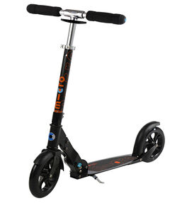 Roller/ Scooter black